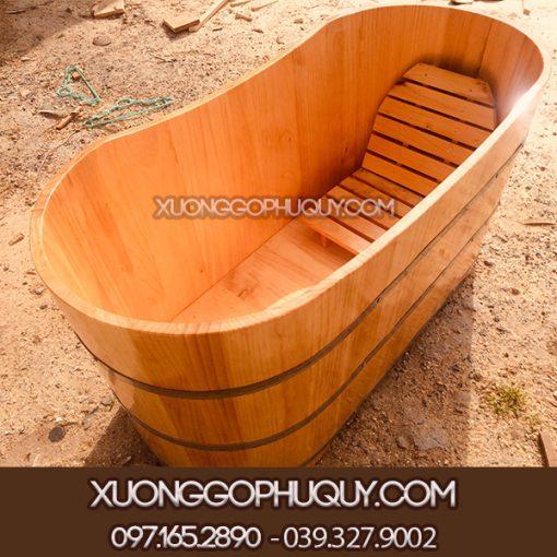 Bồn tắm dài gỗ thông cao cấp