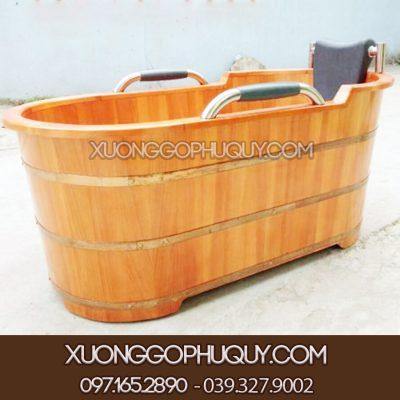 Bồn tắm gỗ cao cấp có tay cầm