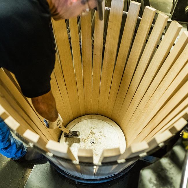 uốn khung thùng gỗ sồi