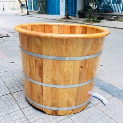 bồn tắm gỗ dáng tròn