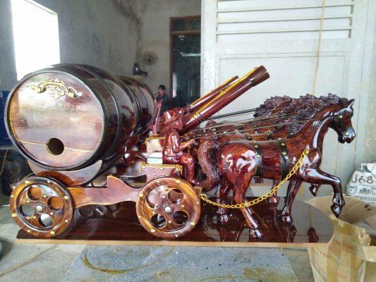 Thùng rượu gỗ sồi xe kéo sang trọng