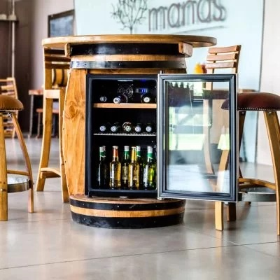 Bàn gỗ trang trí kết hợp tủ đựng rượu