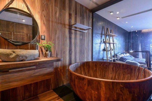 Bồn tắm gỗ trang trí không gian đẹp và sang trọng hơn