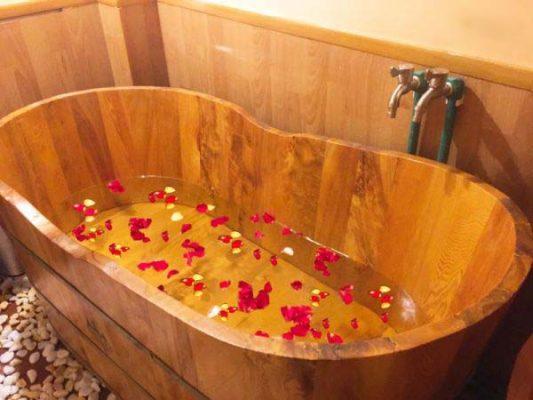 Bồn tắm gỗ đẹp - Xưởng gỗ Phú Quý