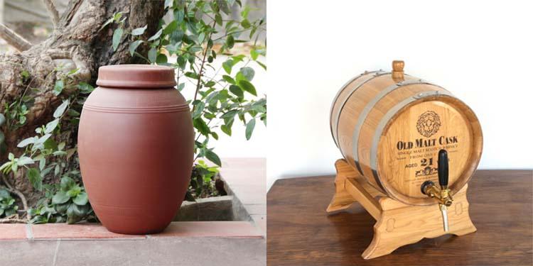 Nên ngâm rượu bằng thùng gỗ sồi hay chum sành